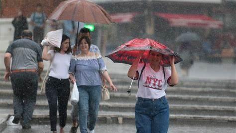 Doğu Karadeniz'e Sağanak Yağış Uyarısı!