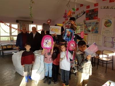Mehmet Akif Ersoy Ortaokulu Öğrencilerinden,Batman Beşiri Kütüklü Köyü İlkokuluna anlamlı proje.
